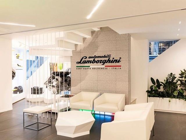 Automobili Lamborghini et Yohji Yamamoto célèbrent l'inauguration du Lamborghini Lounge Tokyo et du Studio Ad Personam 571323