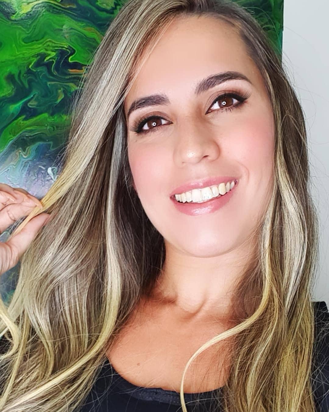 Amanda-Miguez-Wallpapers-Insta-Fit-Bio-15