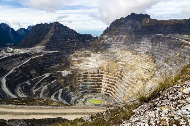 Open-pit-gold-mine-on-Papua-Indonesia