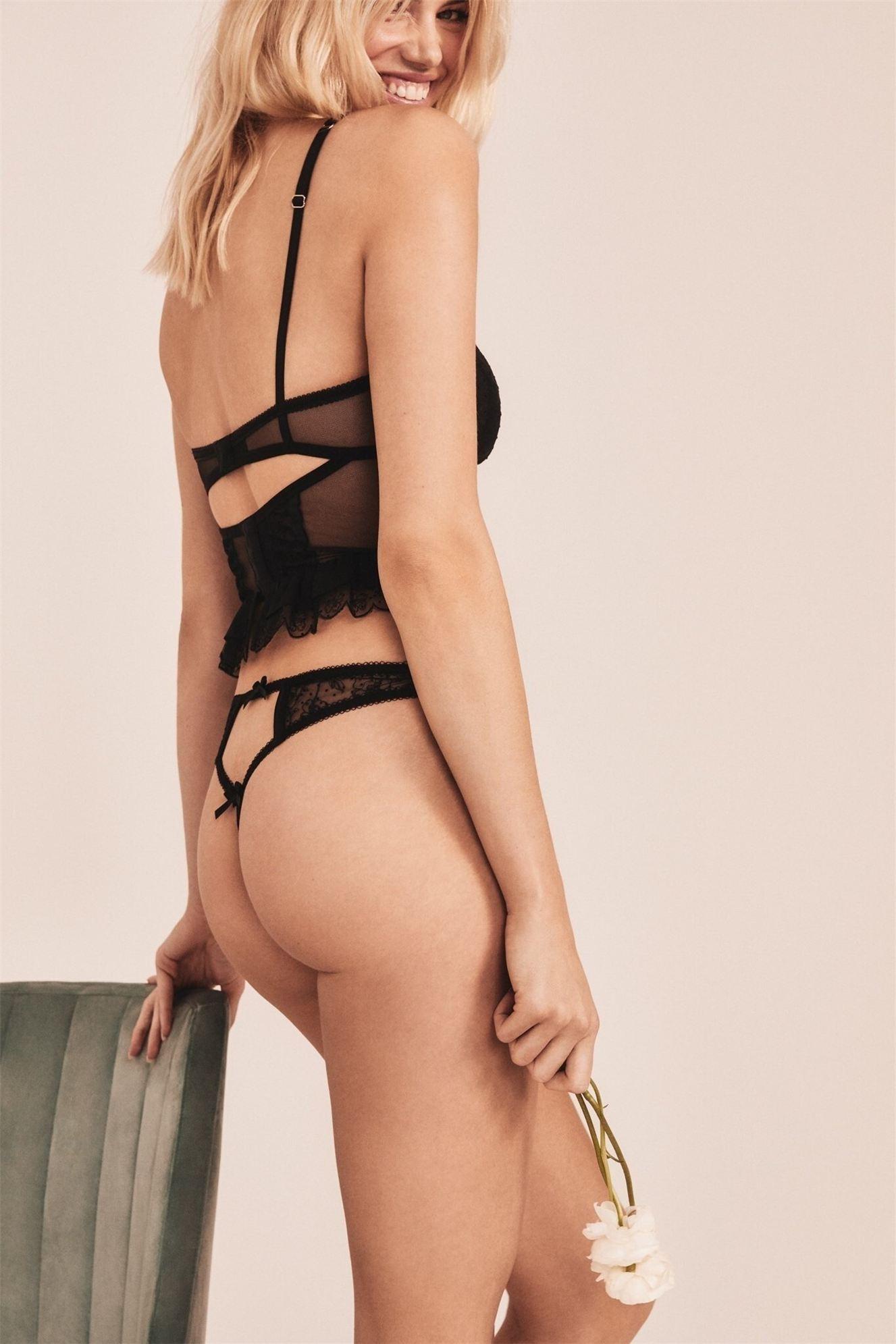 Хейли Клоусон в новой модной коллекции нижнего белья / фото 08