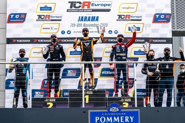 La Peugeot 308 TCR Conclut La Saison De TCR Par Un Double Podium ! 2020-2020-Jarama-Race-1-2020-EUR-Jarama-Race-1-podium-11