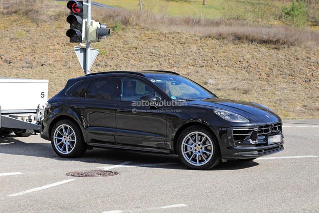 2022 - [Porsche] Macan - Page 2 0-F4-B8-FD3-030-F-4-B2-E-9398-8-FAD8-AC124-DB