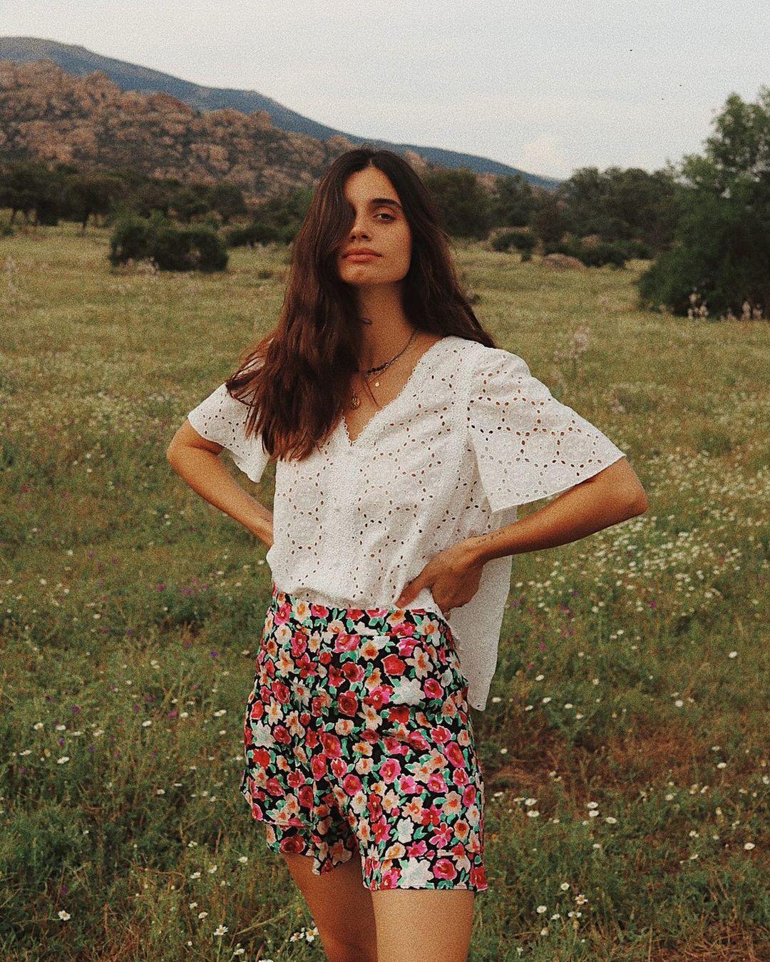 Itziar-Aguilera-Wallpapers-Insta-Fit-Bio-13