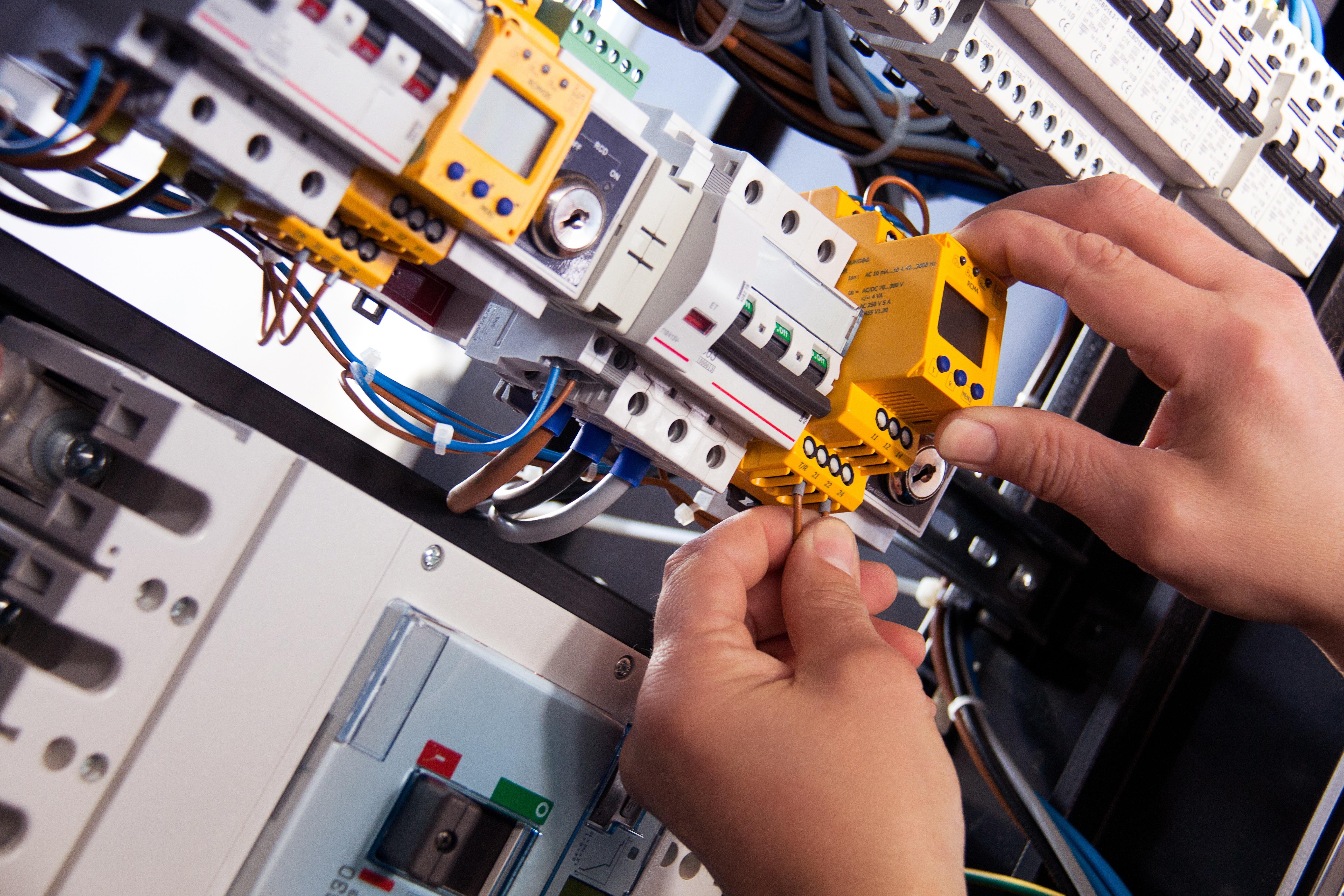menghitung daya listrik