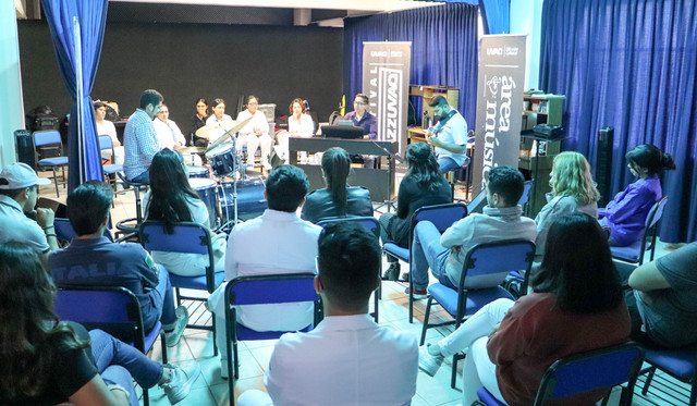 FOTOS-TALLER-JAZZ-UVAQ-6
