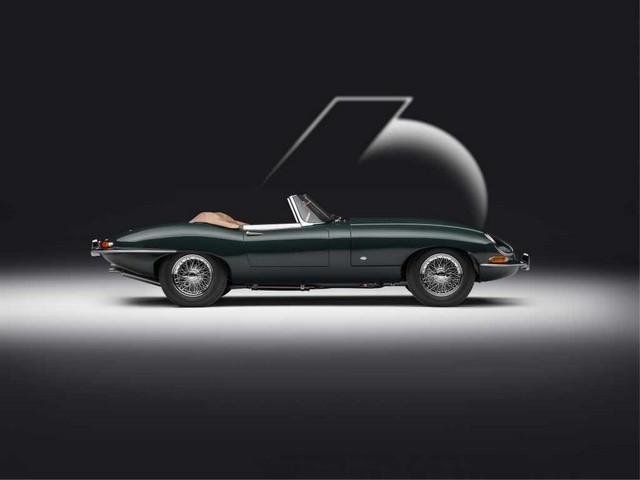 """Jaguar Classic Dévoile La Type """"60 Collection"""" : Homage Au 60e Anniversaire De La Sportive Légendaire 02-E-TYPE-OTS-exterior-side-on"""