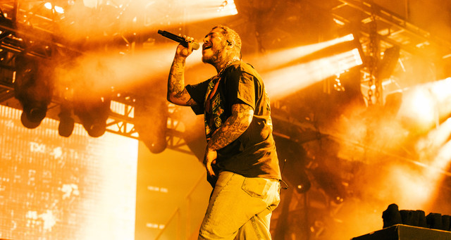 Post-Malone-by-Pooneh-Ghana-for-Lollapalooza-2021-QM6-A7084