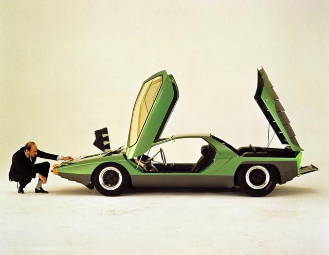 1968-Bertone-Alfa-Romeo-Carabo-Studio-Shot-01