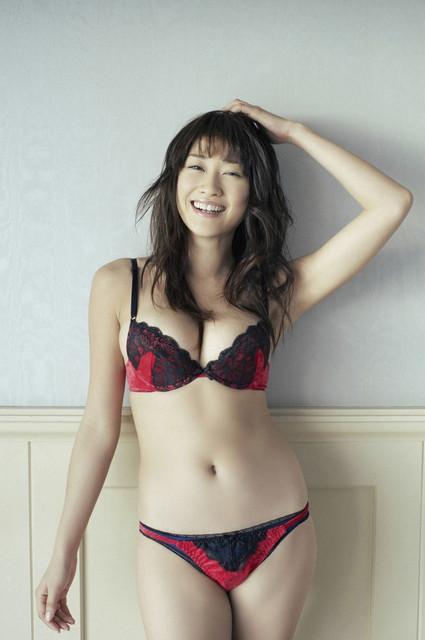 s-hara-mikie-02-07-2