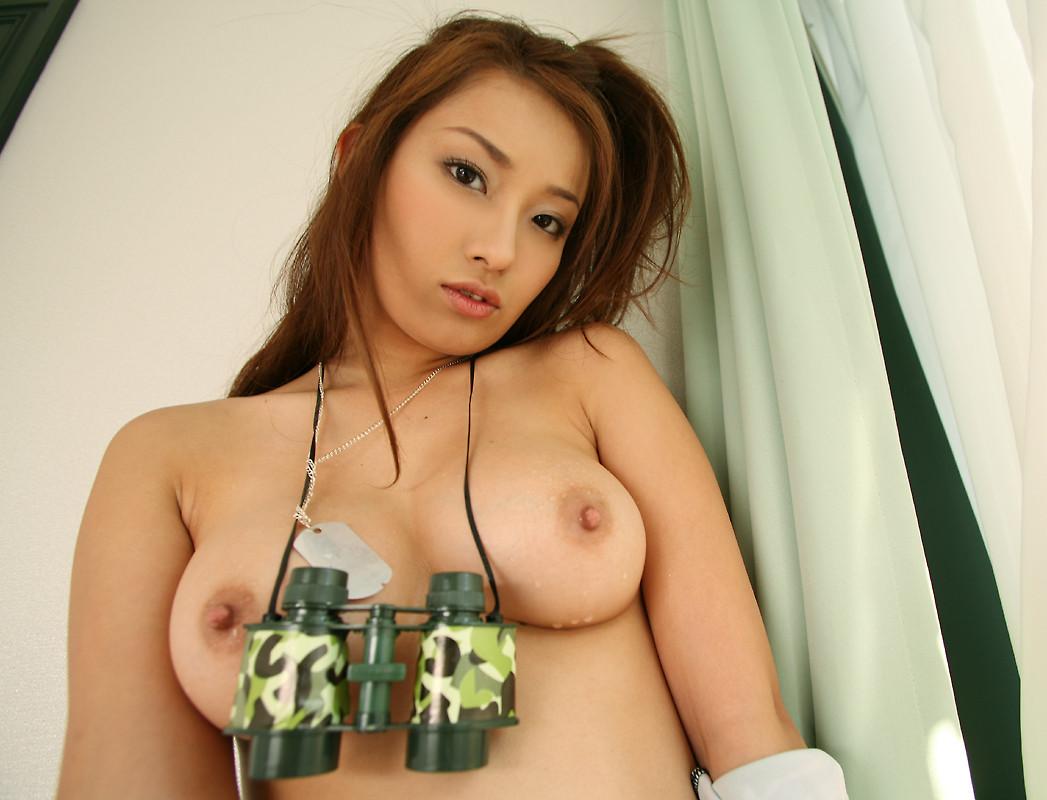 美乳・巨乳・貧乳・爆乳 おっぱいのエロ画像 vol.2-022