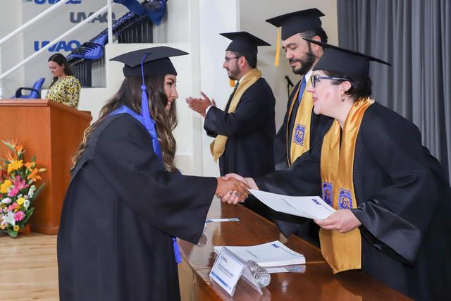 Graduacio-n-Gestio-n-Empresarial-16