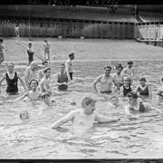 Heat-in-Paris-1921-4