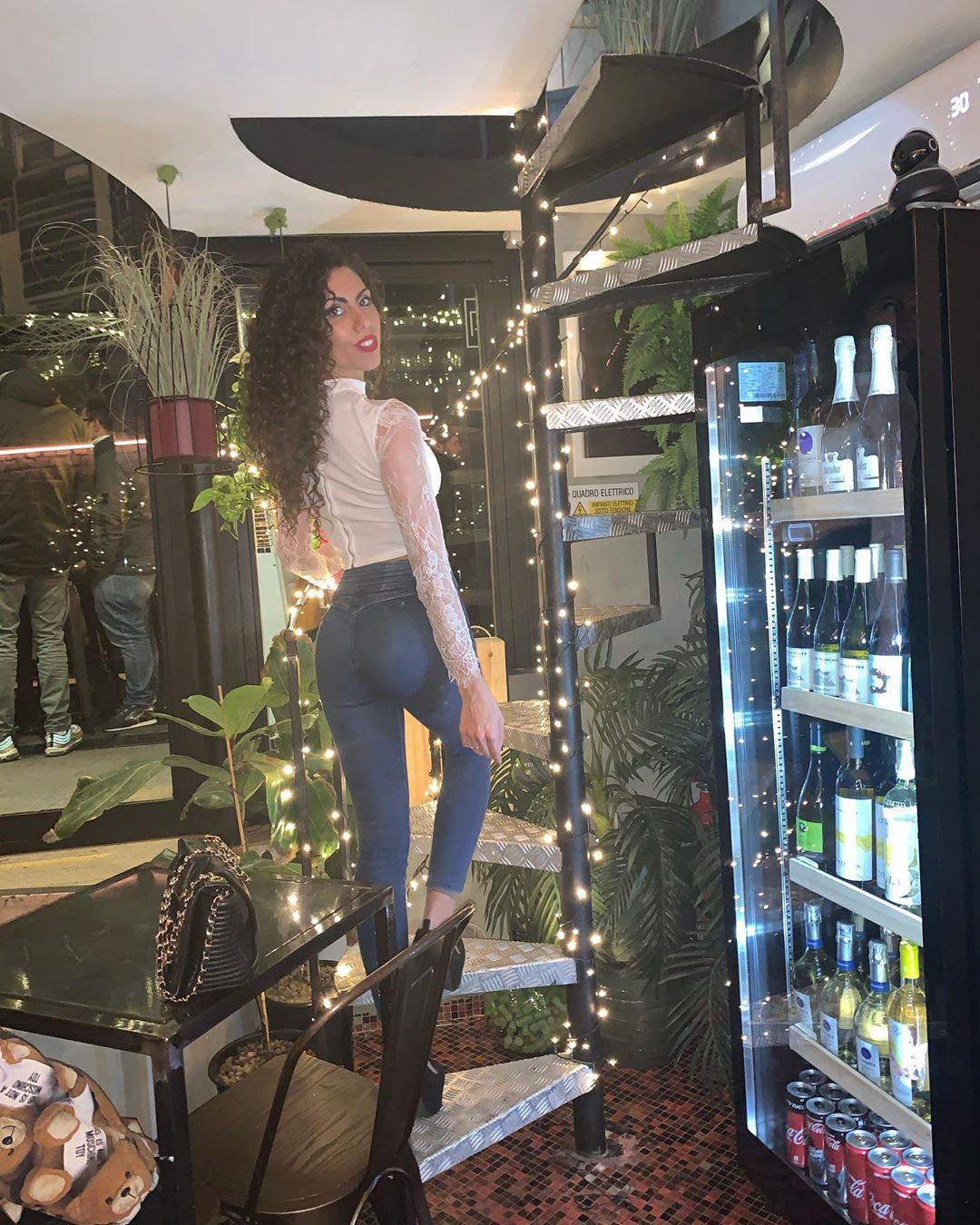 Sara-Quattrociocche-Wallpapers-Insta-Fit-Bio-15