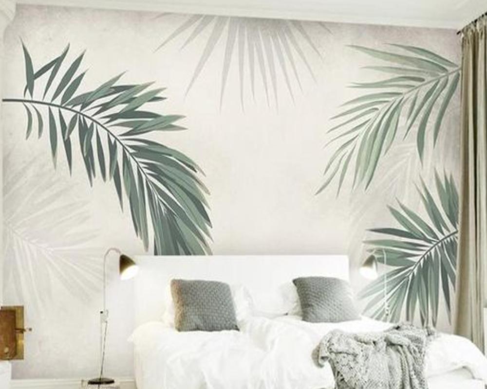 Kamar tidur kecil dengan wallpaper