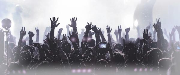 https://i.ibb.co/wYHPWKw/concert-ua.jpg