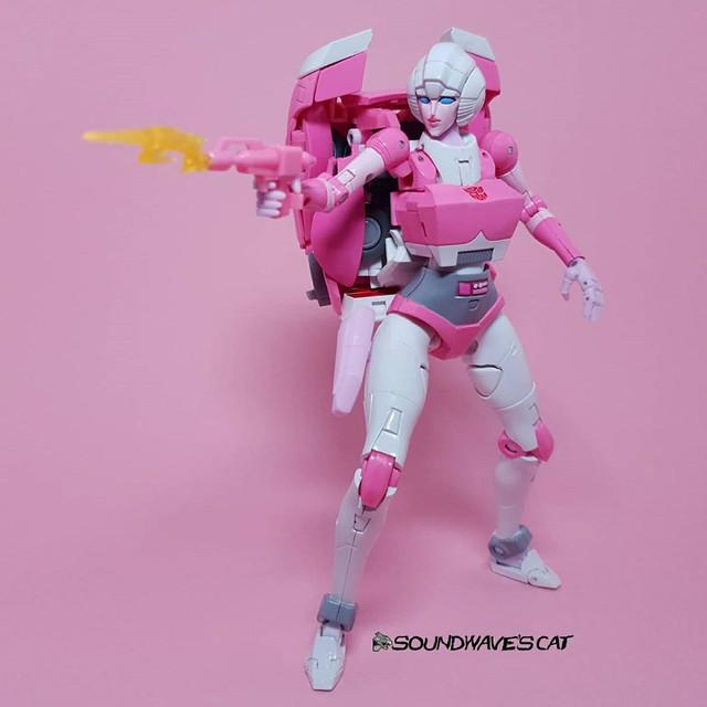 Masterpiece-MP-51-Arcee-10