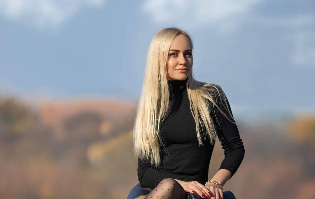 Evgenia-Taranukhina-Wallpapers-Insta-Fit-Bio-17
