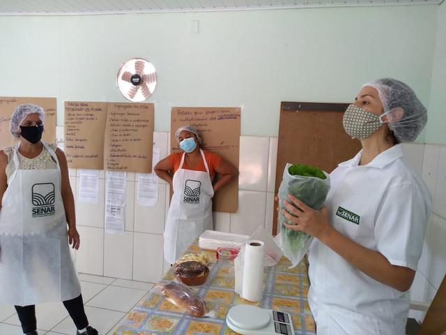Feira Segura: seminários sobre Covid-19 preparam produtores para retorno em Sabinópolis (MG)