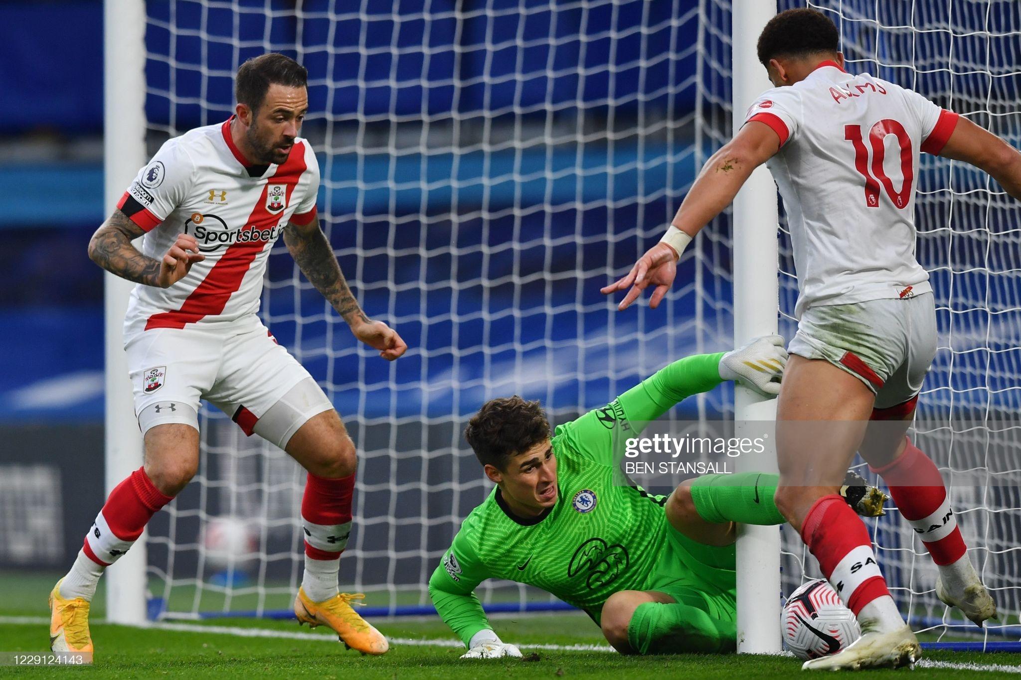 [Image: Chelsea-s-Spanish-goalkeeper-Kepa-Arriza...der-Ch.jpg]