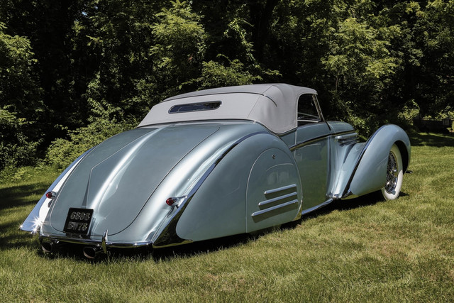Delahaye-145-Fraynay-Cabriolet-top-up