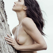 KENDALL-JENNER-NUDE-FULL-FRONTAL-SHOW-008