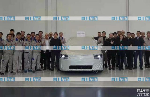 2022 - [Volkswagen] ID berline 37-CC64-A8-922-A-4834-9-E5-C-8451-FDA485-C6