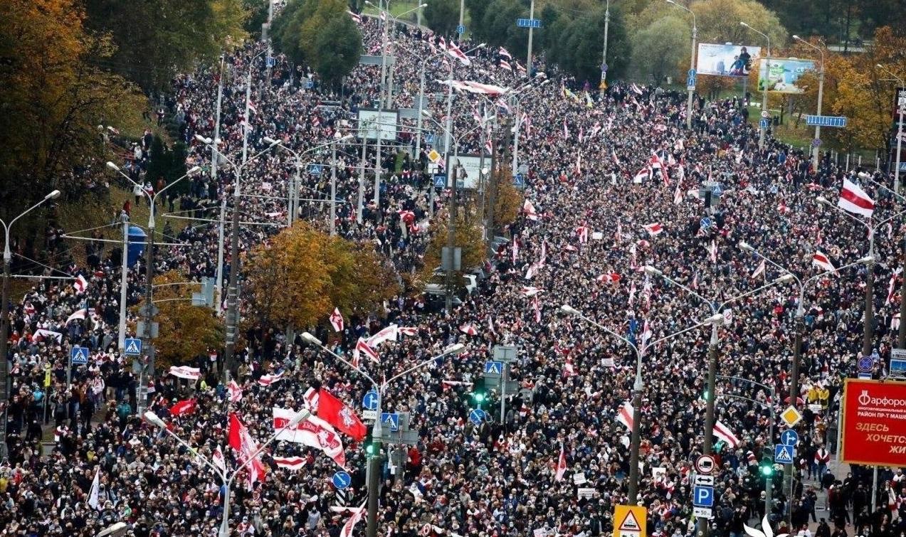 PONOVO MASOVNI PROTESTI U BJELORUSIJI! 'Večeras ističe narodni ultimatum, poslije toga krećemo u nacionalni štrajk'