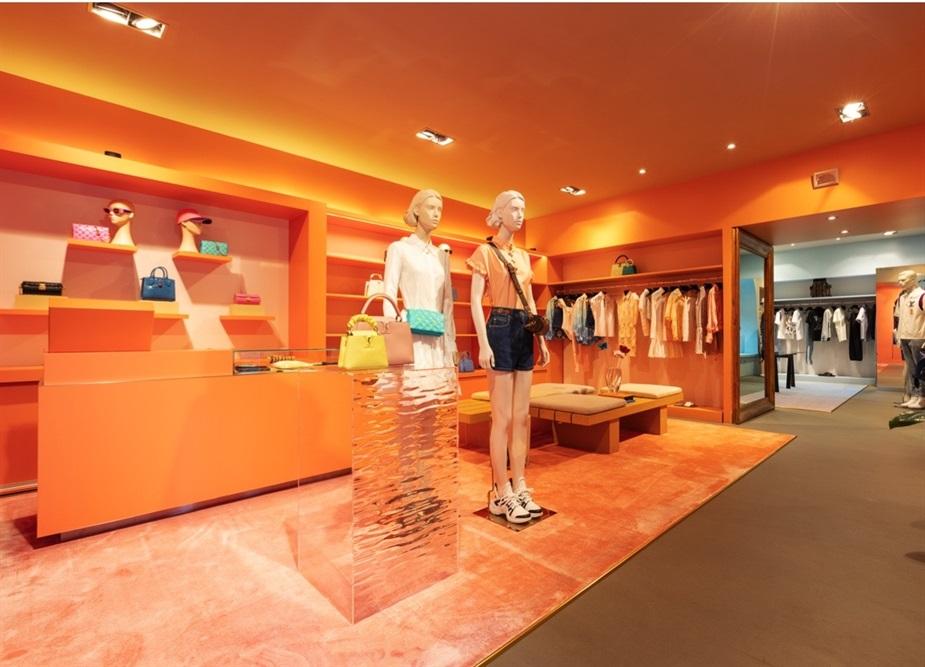 Vuitton, il primo pop-up store sul Lago di Como
