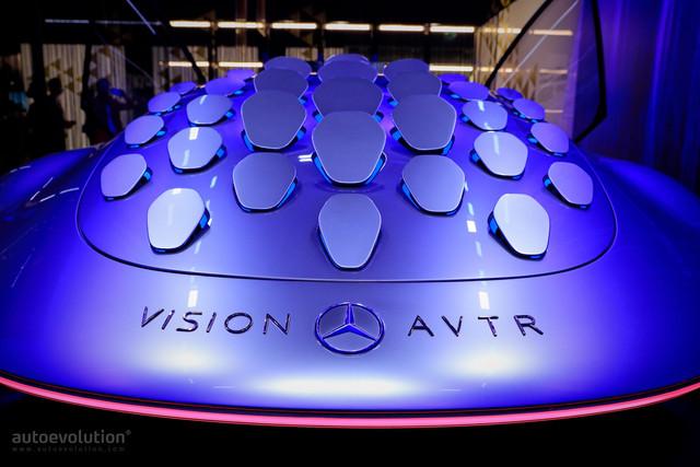 2020 - [Mercedes] Vision Avtr concept 64-C24662-0-E7-F-4378-B419-1-FCE8163-F67-B