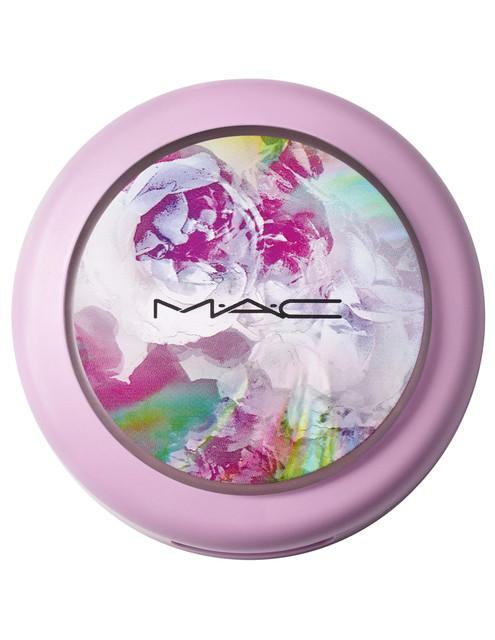 14-MAC-BOTANIC-PANIC-COLLECTION-Extra-Dimension-Skinfinish-Royal-Flush-Closed