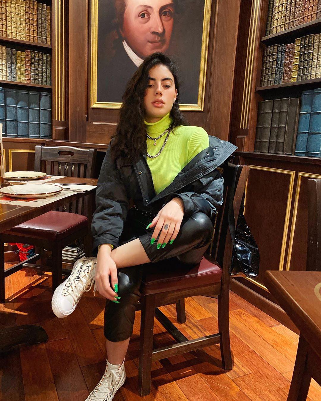 Paulina-Franco-Lopez-Wallpapers-Insta-Fit-BIo-11