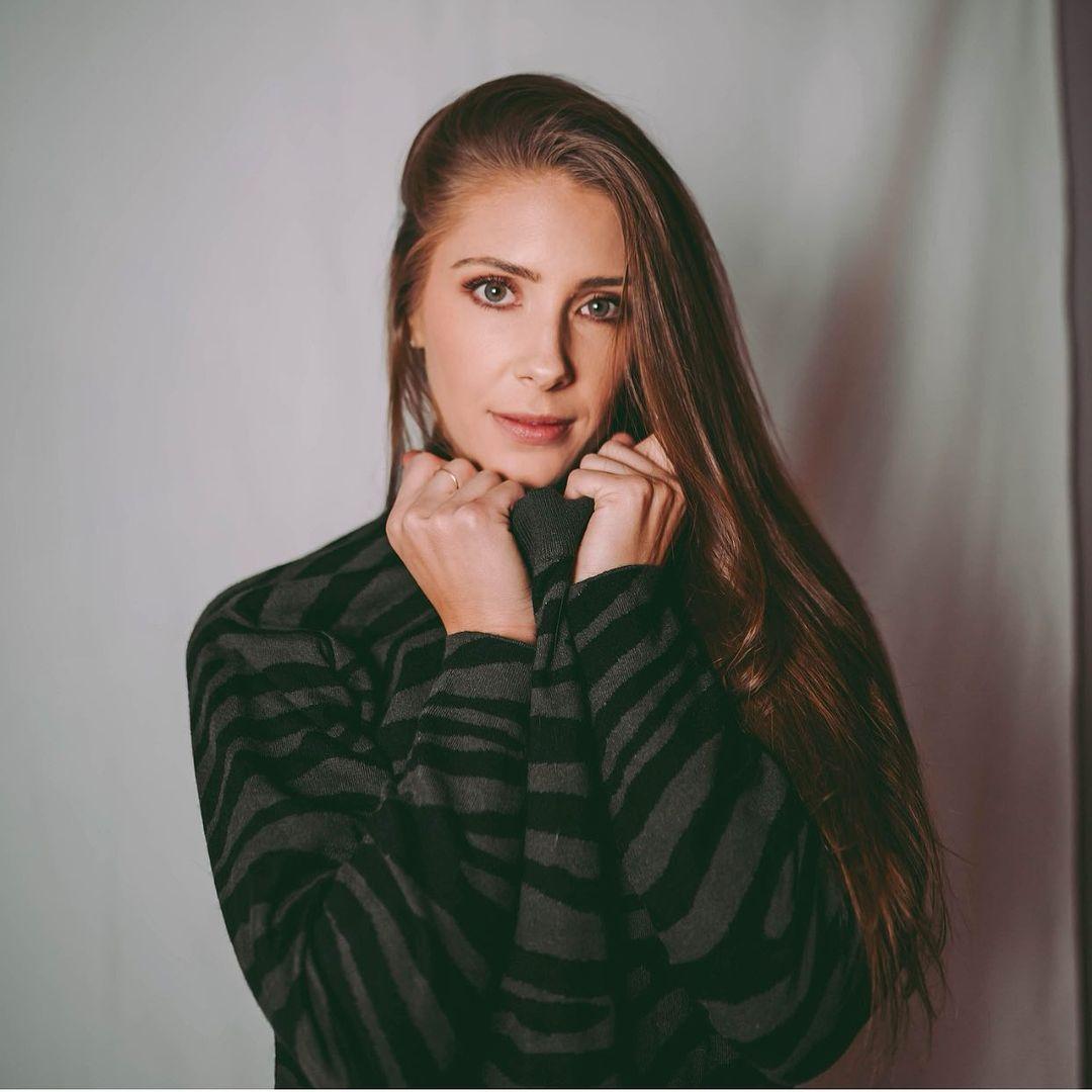 Jenna-Compono-3