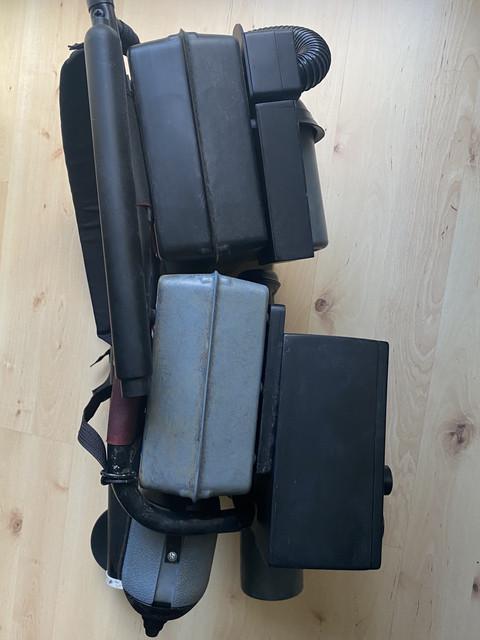 backpack-left.jpg