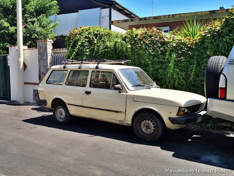 avvistamenti auto storiche - Pagina 9 Fiat-127-Panorama-1050-50cv-81-EH464-EJ-1