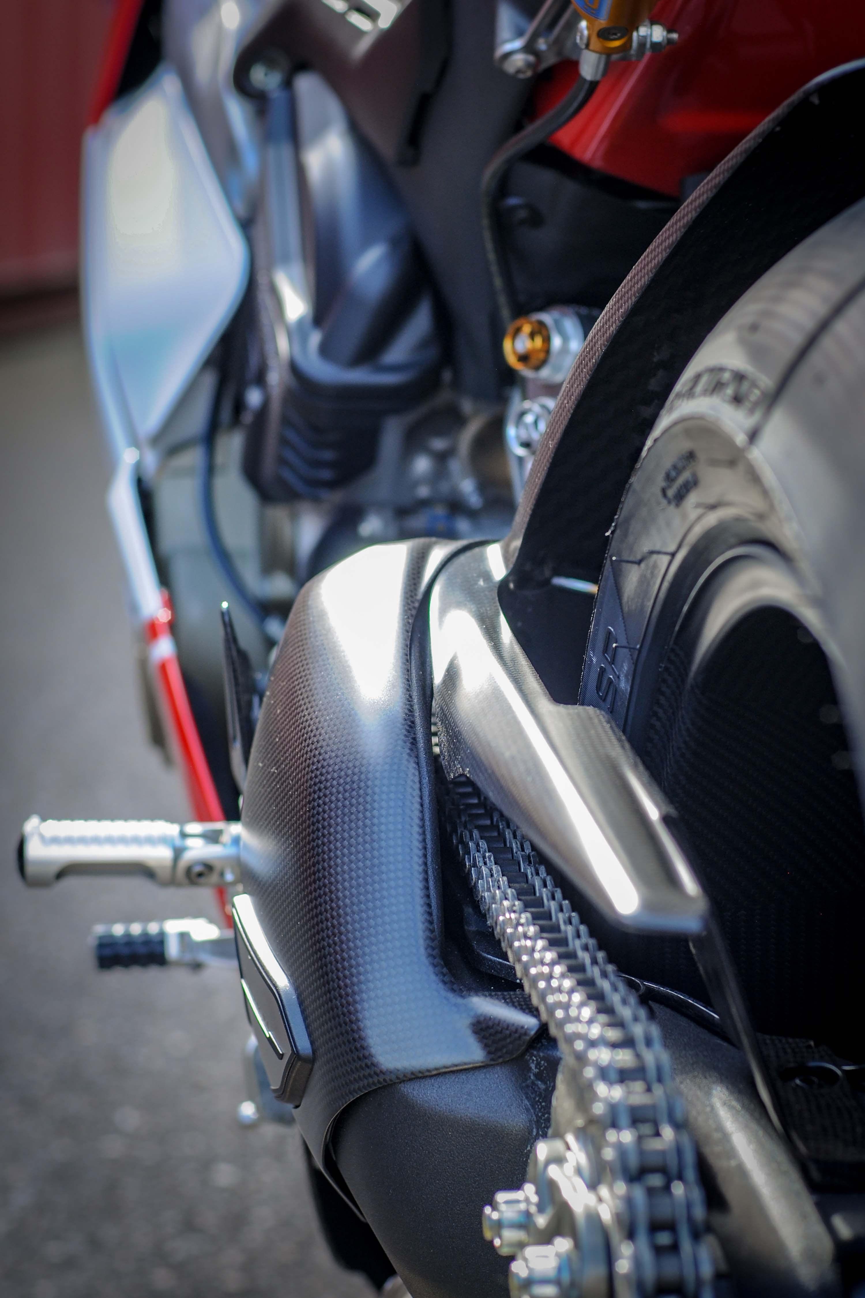 Nicky-Hayden-Ducati-Panigale-V4-tribute-33