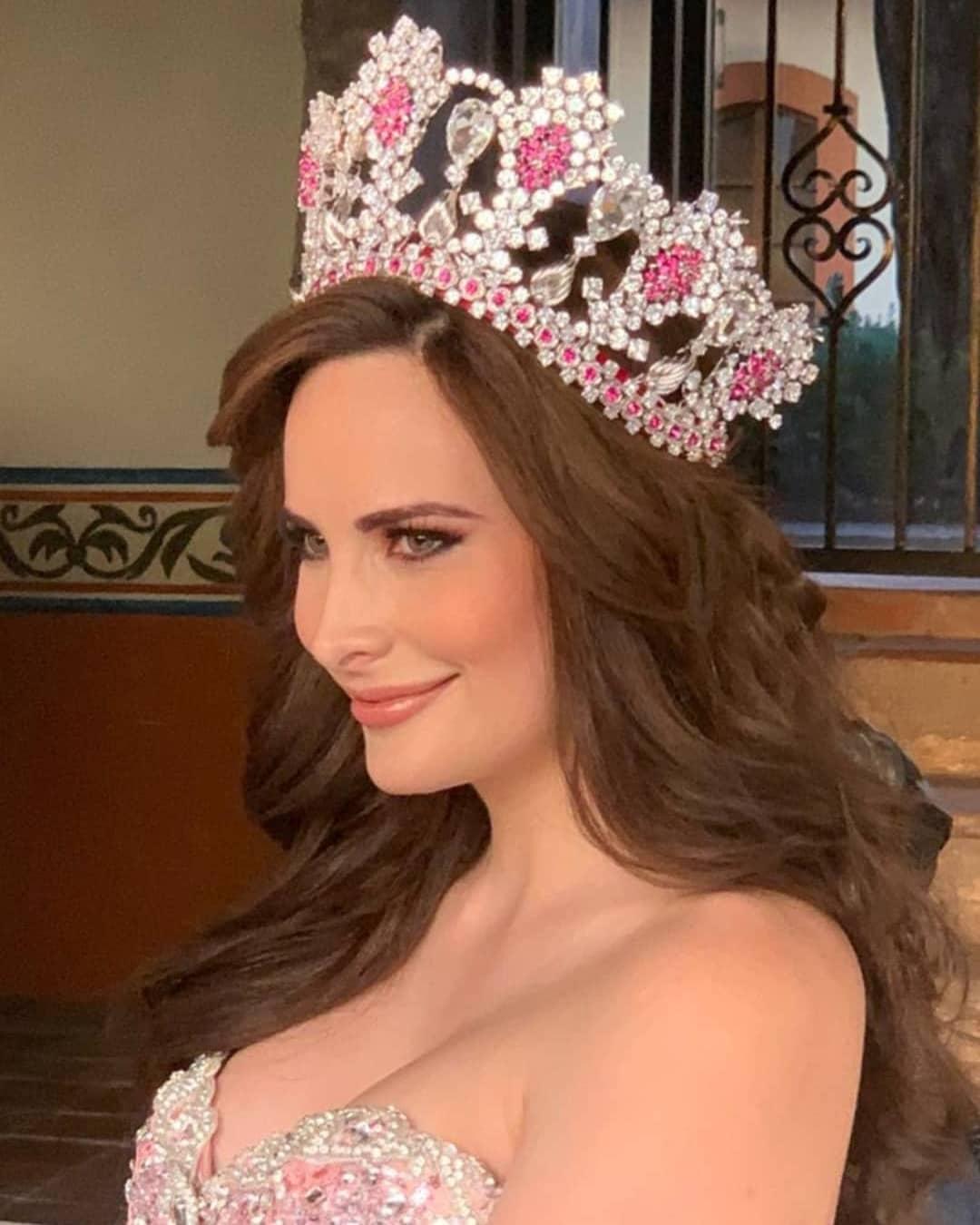 new corona de mexicana universal. Missosologymx-127225707-897114850826550-6785626377471027320-n