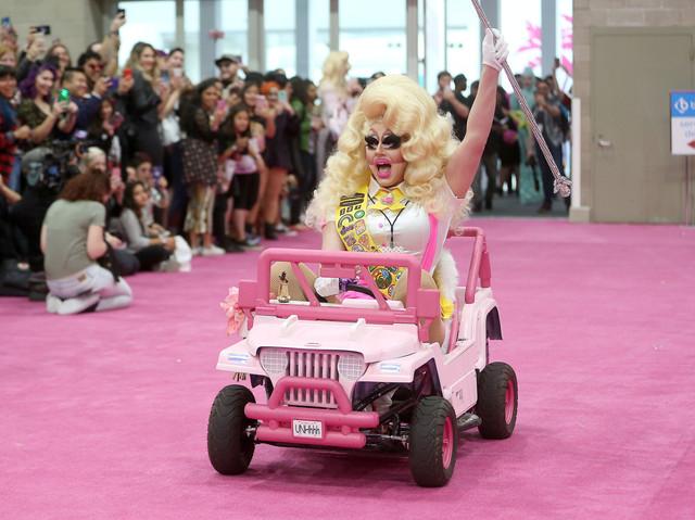 Trixie Mattel Arrival2 Dragcon 05122018 48.jpg