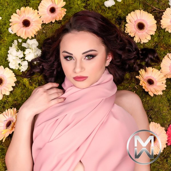 candidatas a miss world malta 2020.  5-Casey