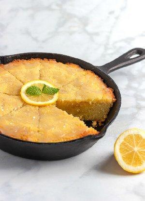 Keto-Lemon-Skillet-Cake-5606-blog4-1