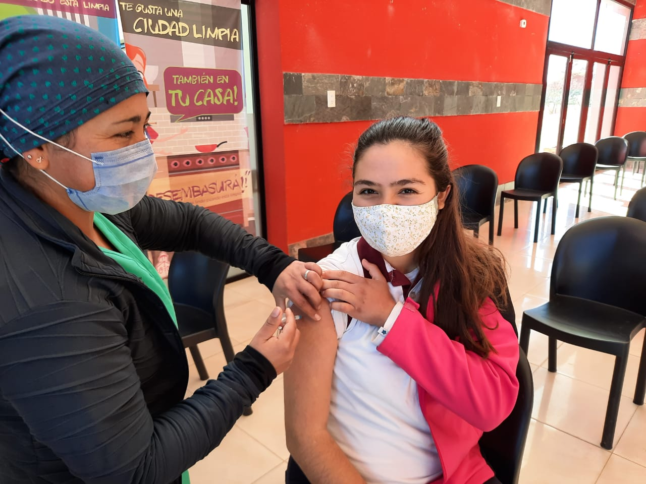 Inició la vacunación en niños de 12 a 17 años