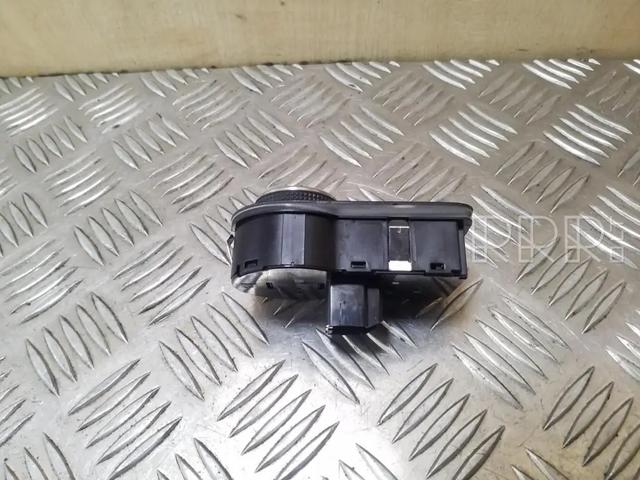 [Brico/Como] Desactivar Luces Automaticas Opel-zafira-c-sviesu-jungtukas3