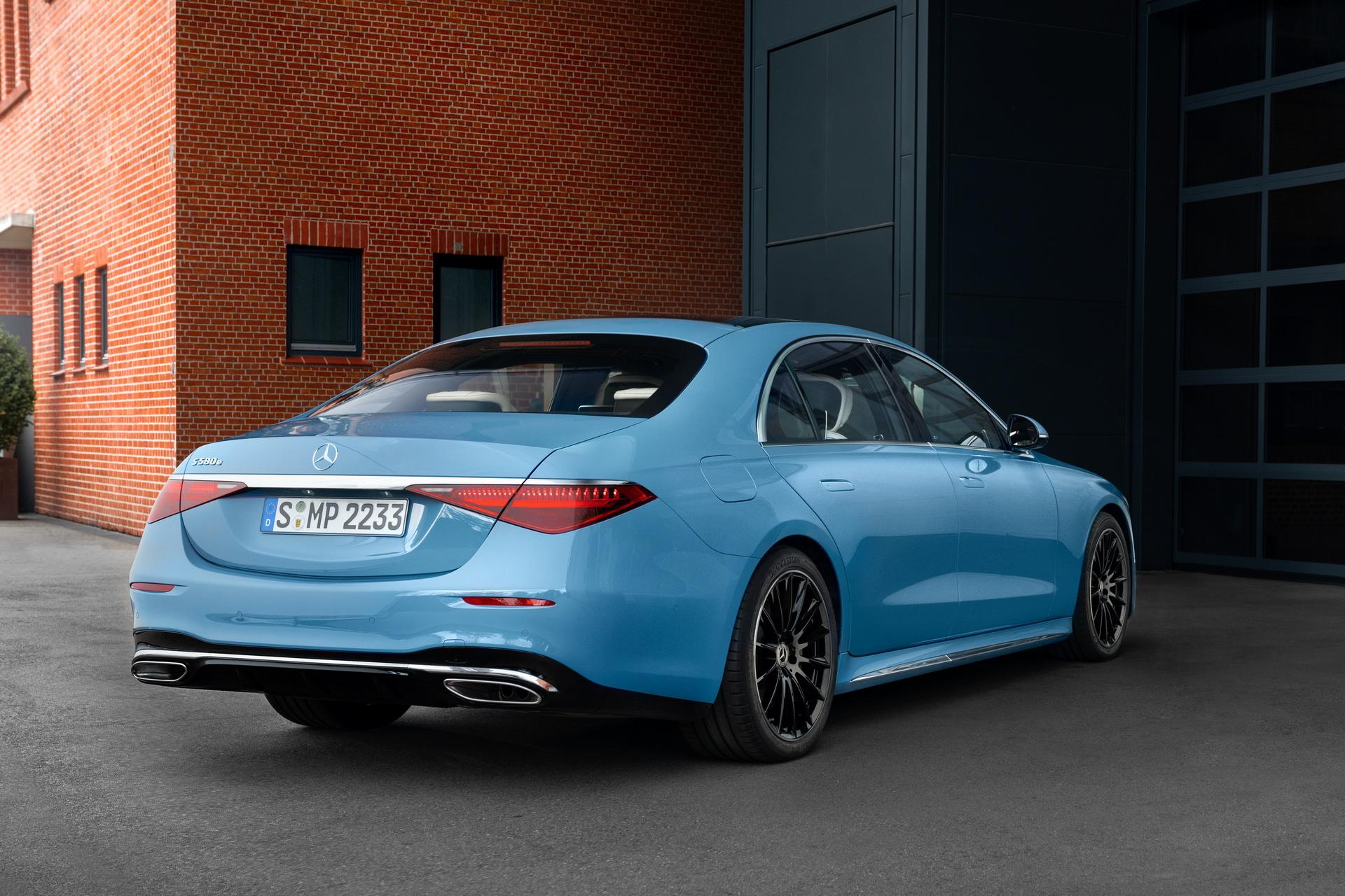 2022-Mercedes-Manufaktur-Label-2