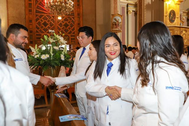 Graduacio-n-Medicina-11