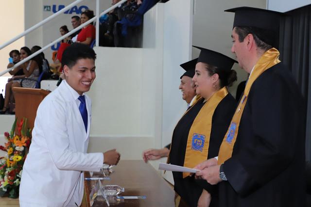 Graduacio-n-Medicina-82