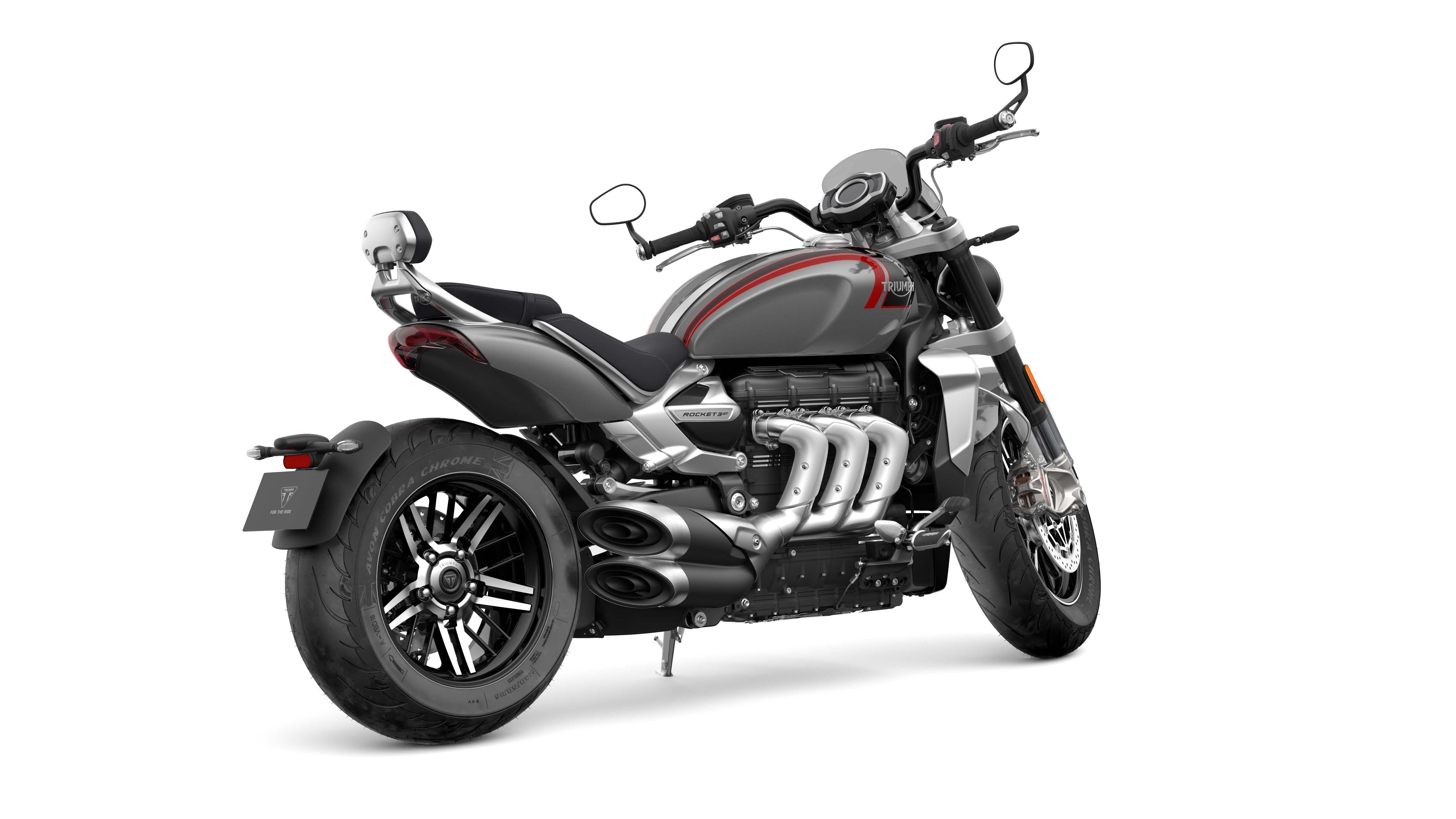 2020-Triumph-Rocket-3-GT-29