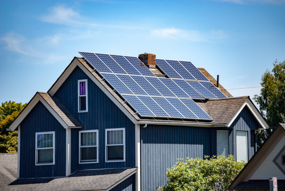 How Long Do Solar Panels Last? A Basic Guide for Homeowners