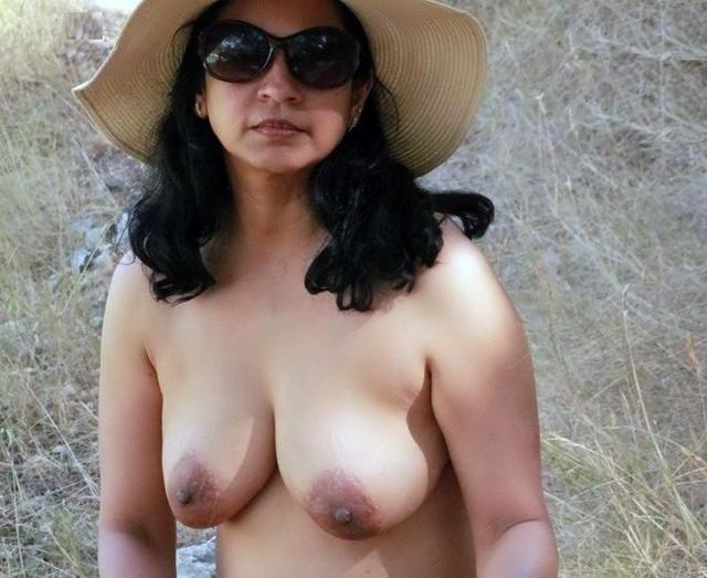 [Image: exposed-desi-ladies-1.jpg]