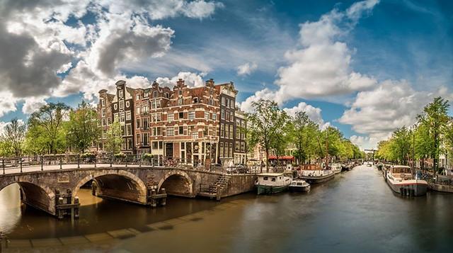 canales-amsterdam-travelmarathon-es