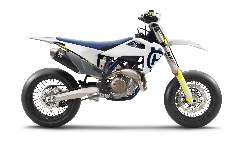 2020-Husqvarna-FS-450-supermoto-04