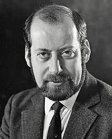 https://i.ibb.co/xLhvmJ2/220px-Sir-Clement-Raphael-Freud.jpg